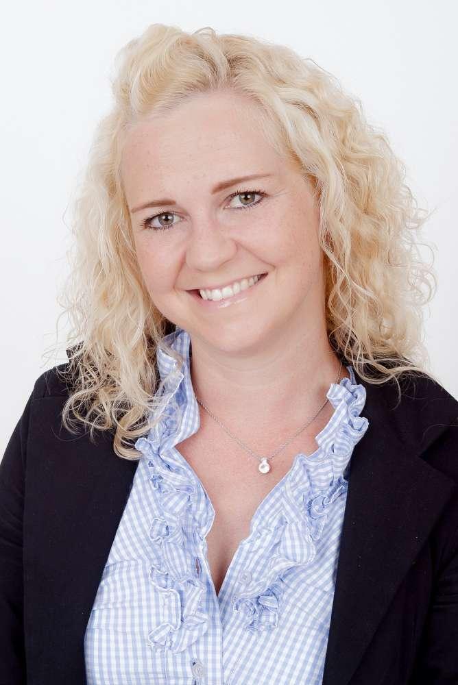 Corina Dreier-Gebauer : Gründerin / Geschäftsführerin